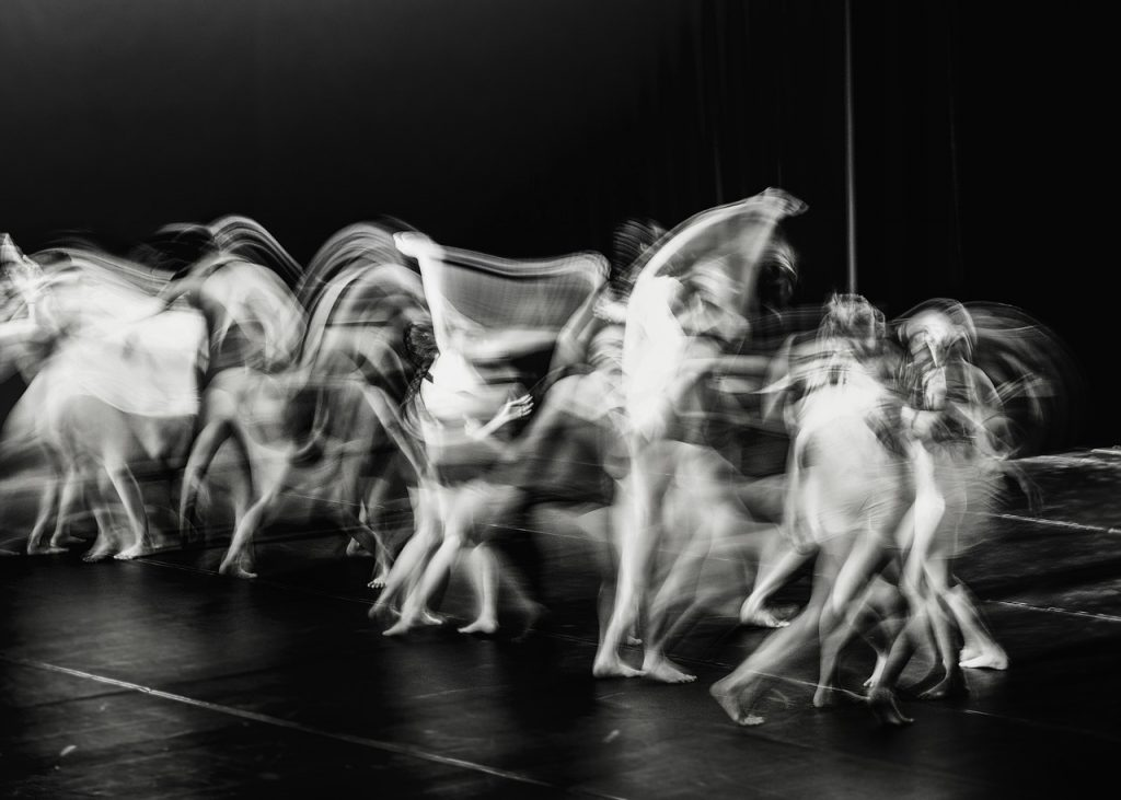 dance-1818027_1280